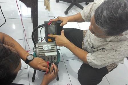 Kursus Membaca dan Merakit Panel Kontrol Motor 3 Phase